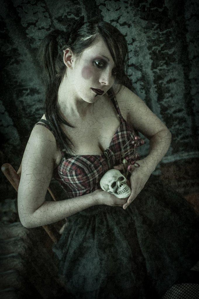 Model - Kristen