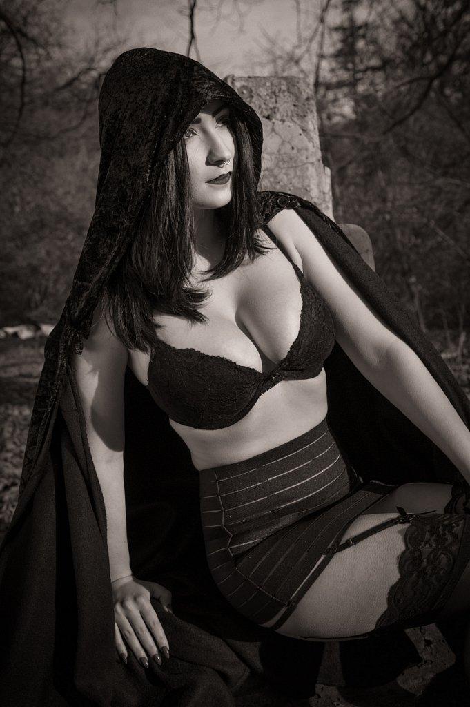 Model - Amanda